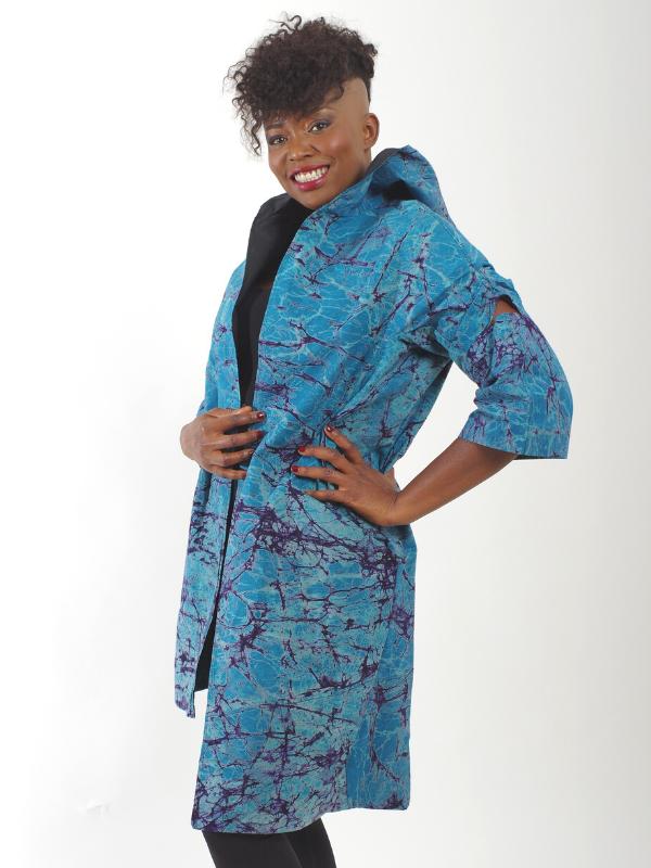 Afrikanisch inspirierte Jacke nachhaltige Mode Blau