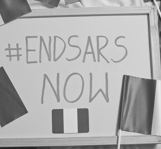Nigerianer protestieren gegen Polizeibrutalität